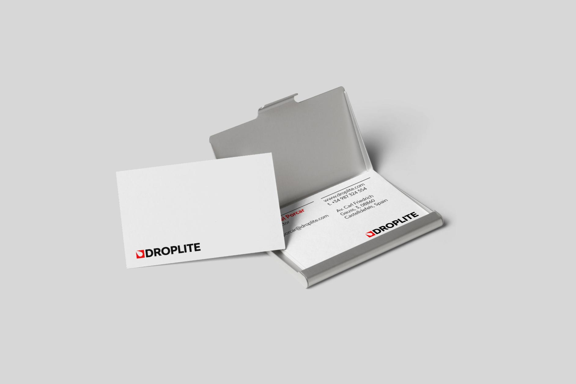 Droplite-business-card-mockup-Daniel-Cavalcanti