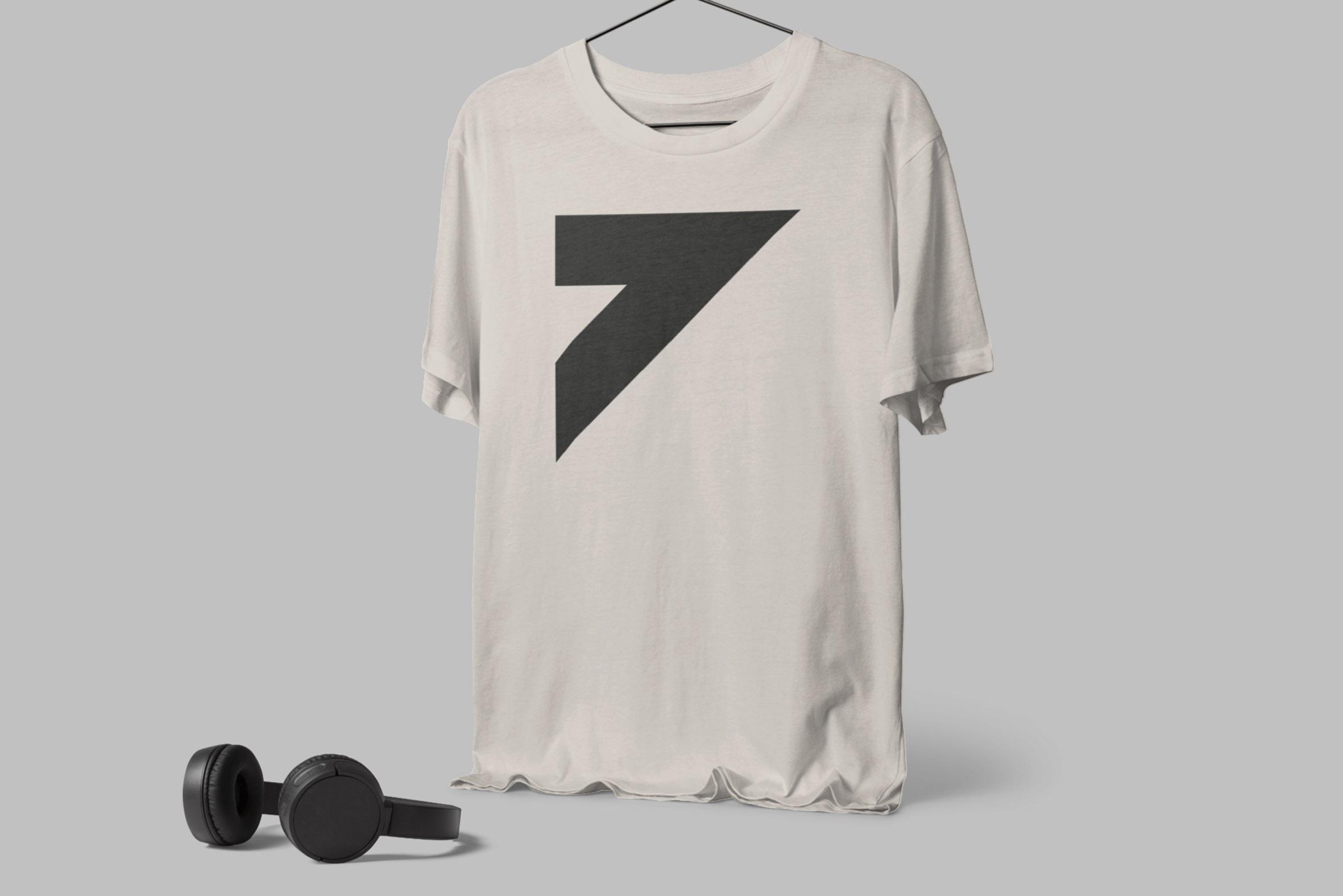klave-tshirt-Daniel-Cavalcanti
